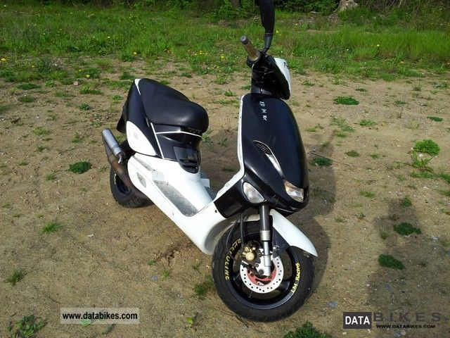 1999 Adly  TB 50 Motorcycle Scooter photo