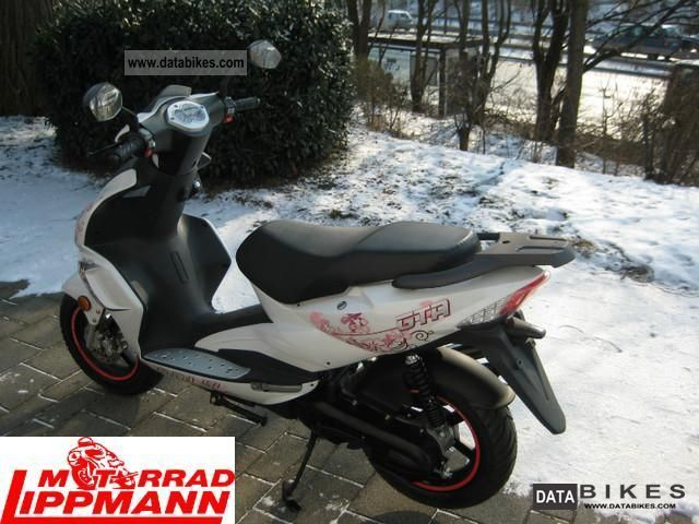 2011 Adly GTA-50 moped scooter at a special price