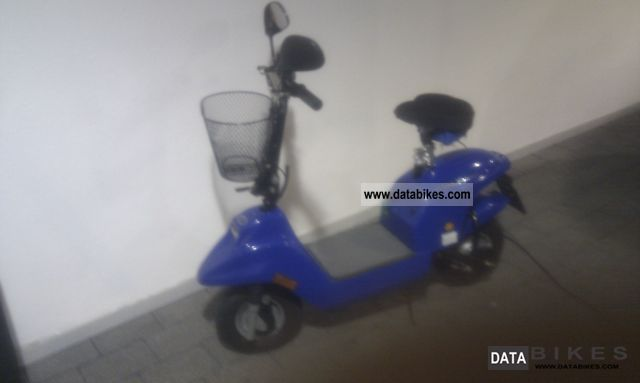 Adly  E-Moto scooter 2003 Electric Motorcycles photo