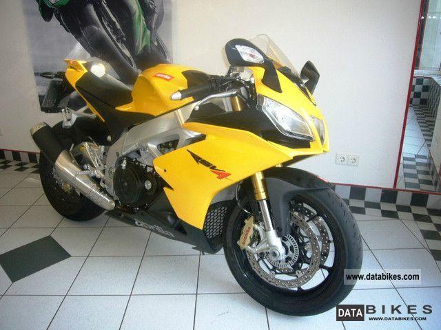2012 Aprilia  RSV4 R APRC, only 757 km! Motorcycle Sports/Super Sports Bike photo