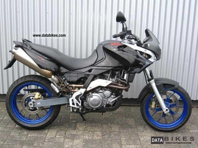 2006 Aprilia  Pegaso 650 Strada Strada Motorcycle Super Moto photo