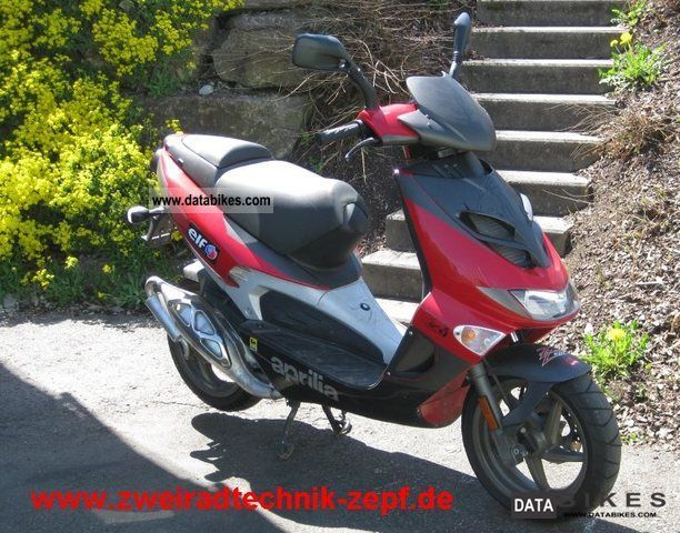 2007 Aprilia  SR 50 LC Street Motorcycle Scooter photo