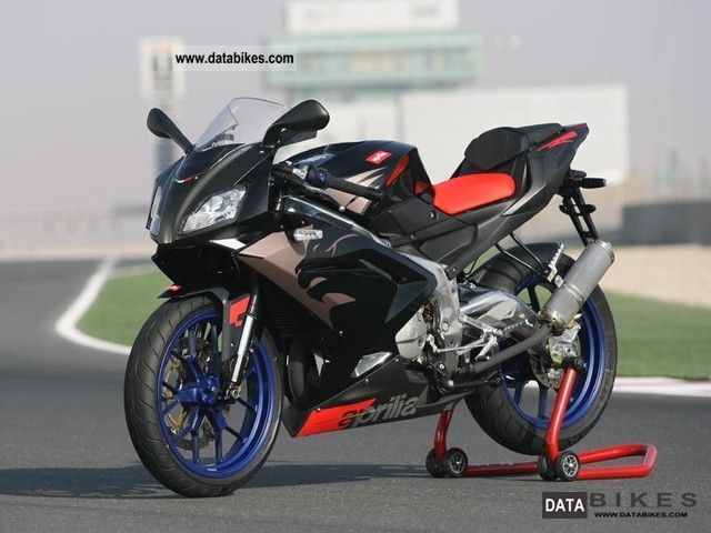 2008 Aprilia  rs 125 Motorcycle Lightweight Motorcycle/Motorbike photo