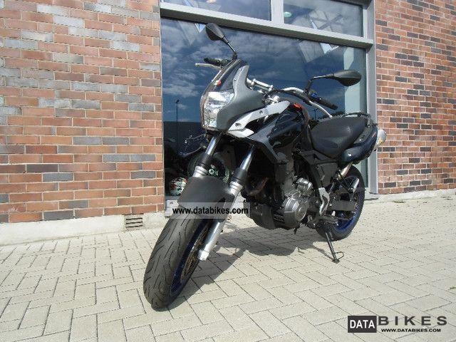 2007 Aprilia  Pegaso 650 Motorcycle Sports/Super Sports Bike photo