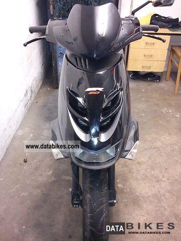 2009 Aprilia  SR 50 Motorcycle Scooter photo