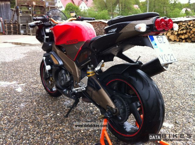 2006 Aprilia  RSV 1000 R TUONO Motorcycle Naked Bike photo