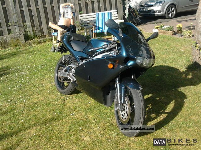 2002 Aprilia  RS125 Motorcycle Lightweight Motorcycle/Motorbike photo