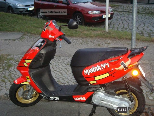 2011 Aprilia  Sonic's No. 50 H2O Spain. A Motorcycle Scooter photo