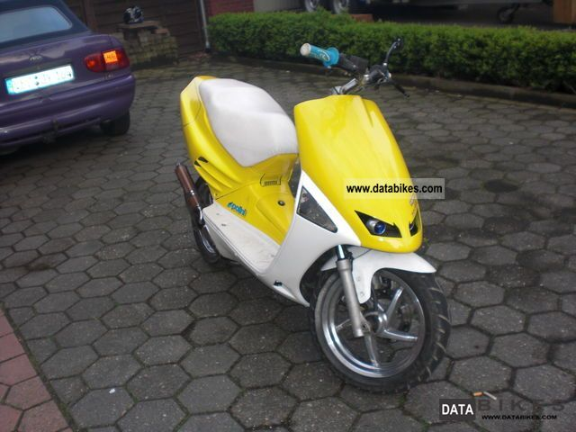 1995 Aprilia  sr 50 old Motorcycle Scooter photo