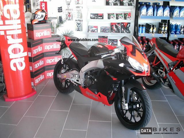 2011 Aprilia  RS4 125-ALL COLORS IN STOCK- Motorcycle Lightweight Motorcycle/Motorbike photo