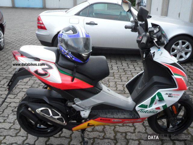 2011 Aprilia  SR50 Alitalia Motorcycle Motor-assisted Bicycle/Small Moped photo