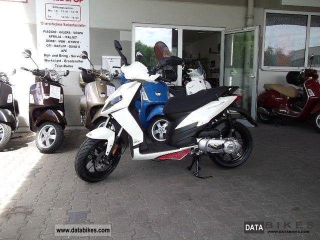2011 Aprilia  Sportcity One 2stroke Motorcycle Scooter photo
