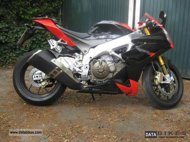 2010 Aprilia  RSV4 Factory Motorcycle Sports/Super Sports Bike photo