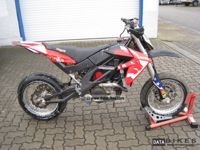 2006 Aprilia  SXV 450 Motorcycle Super Moto photo