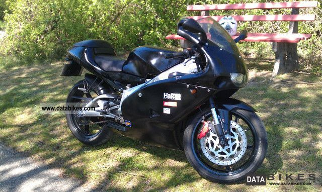 2001 Aprilia  RS 125 Motorcycle Lightweight Motorcycle/Motorbike photo