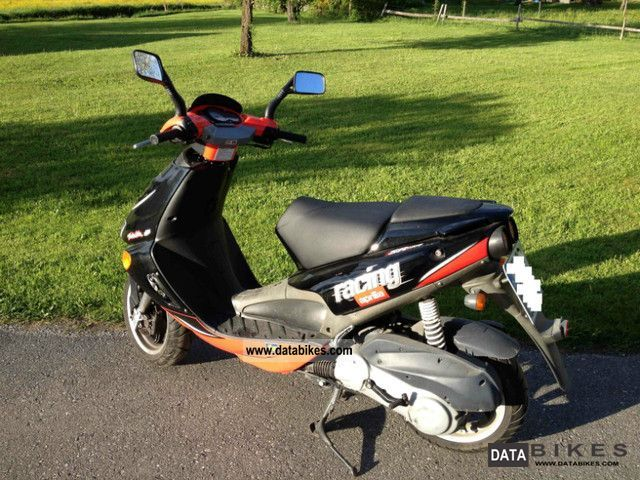 Aprilia  Replica SR 125 - excellent condition 2002 Scooter photo