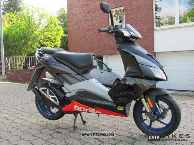 2006 Aprilia  SR 50 DI Tech Motorcycle Motor-assisted Bicycle/Small Moped photo