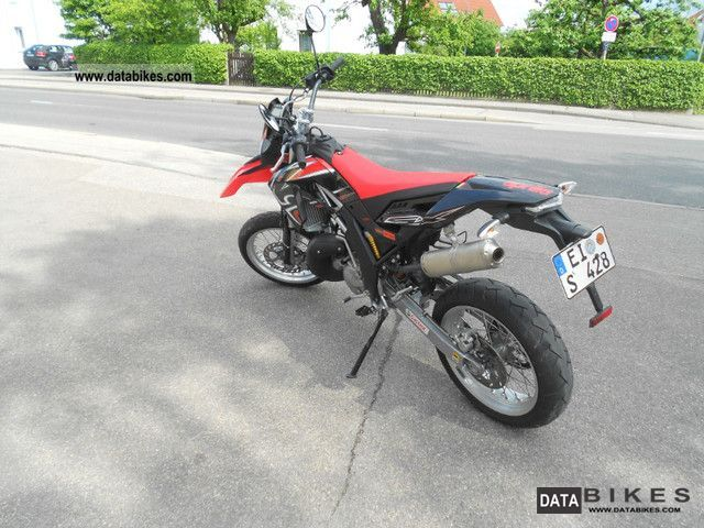 2009 Aprilia  SX 125 Motorcycle Super Moto photo