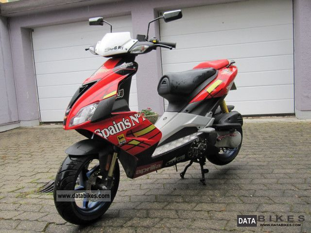 2009 Aprilia  SR 50 R Motorcycle Scooter photo