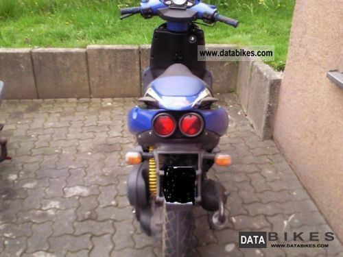 2001 Aprilia  SR 50 DITECH Motorcycle Scooter photo