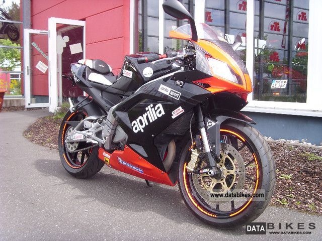 2010 Aprilia  RS 125 - NM Motorcycle Lightweight Motorcycle/Motorbike photo