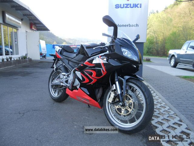 2009 Aprilia  RS125 TOPZUSTAND including 80 km / h Motorcycle Lightweight Motorcycle/Motorbike photo