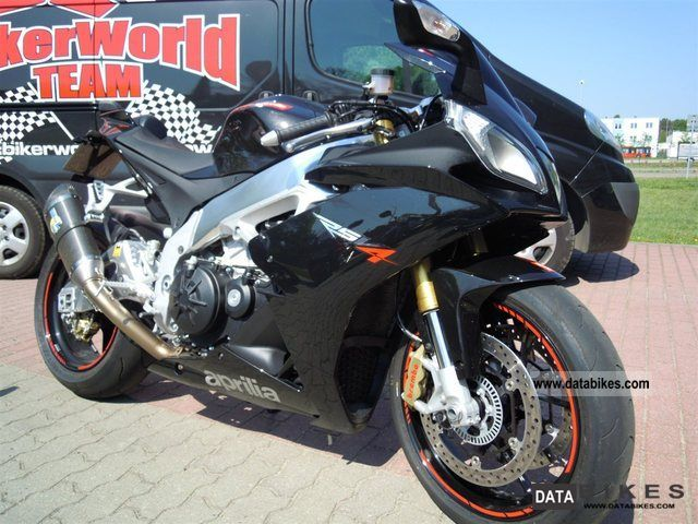 2011 Aprilia  RSV 4 Factory APRC, Factory R exhaust, rear conversion Motorcycle Sports/Super Sports Bike photo