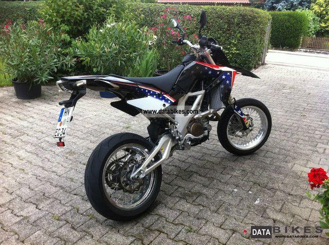 2011 Aprilia  SXV / RXV 450 Motorcycle Super Moto photo