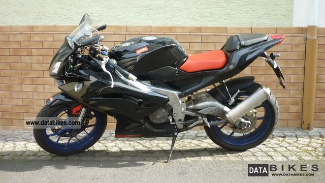 2007 Aprilia  RS125 Motorcycle Lightweight Motorcycle/Motorbike photo
