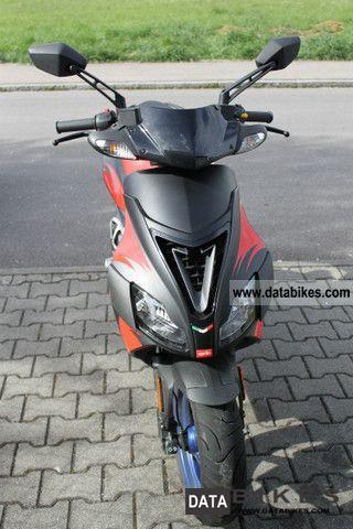 2008 Aprilia  SR 50 R Factory Motorcycle Scooter photo