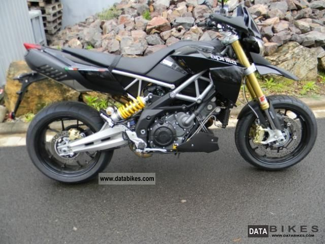 2012 Aprilia  Dorsoduro 1200 ABS / ATC Motorcycle Super Moto photo