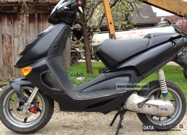 1998 Aprilia  SR50 AC Motorcycle Scooter photo