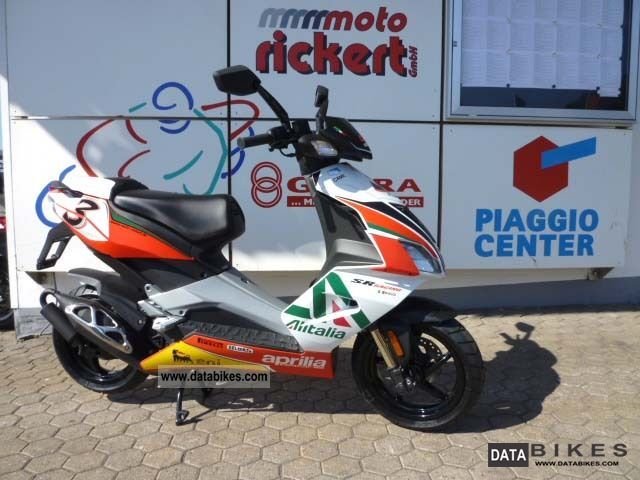 2011 Aprilia  SR 50 R SBK SPECIAL EDITION also including mopeds! Motorcycle Scooter photo
