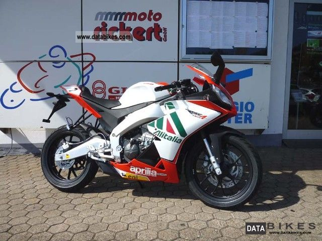 2011 Aprilia  RS 125 4T 2012 RIGHT NOW! THROTTLE INCLUSIVE! Motorcycle Sports/Super Sports Bike photo