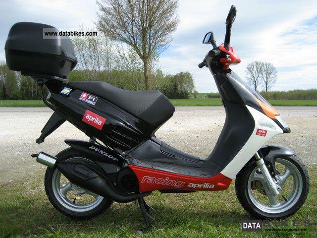Aprilia  SR 50 AC Racing 2000 Scooter photo