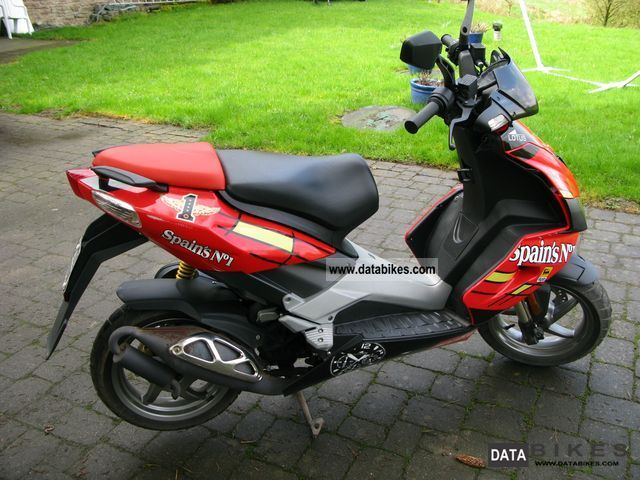 2009 Aprilia  Spain `s 1 Motorcycle Scooter photo