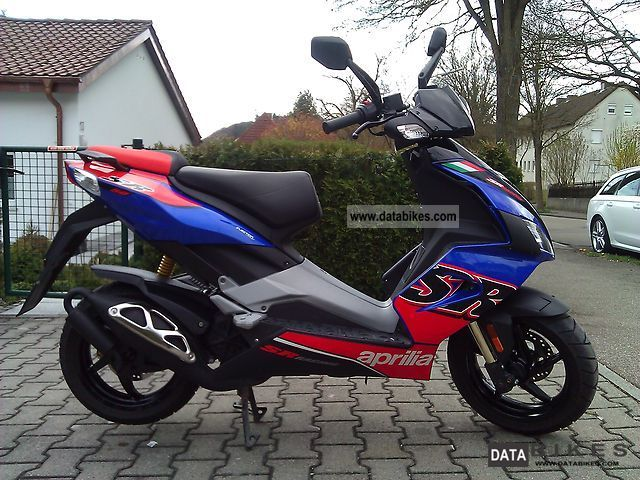 Power Assisted Bicycle >> 2011 Aprilia SR 50 R Factory