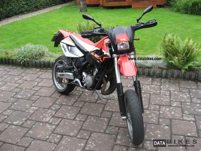 2004 Aprilia  MX 125 Motorcycle Super Moto photo