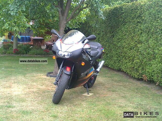 2004 Aprilia  RS 125 Motorcycle Sports/Super Sports Bike photo