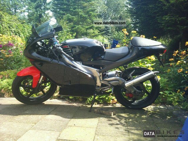 1999 Aprilia  RS 125 Replica Motorcycle Sports/Super Sports Bike photo