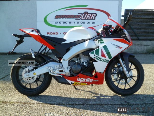 2011 Aprilia  RS 4125 no RS 125 15HP Motorcycle Lightweight Motorcycle/Motorbike photo