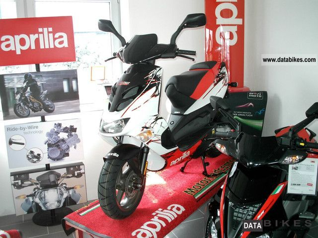 2011 Aprilia  SR 50 Street 2012-WHITE-new model Motorcycle Scooter photo