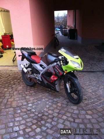 2005 Aprilia  Rs 50 Motorcycle Motor-assisted Bicycle/Small Moped photo