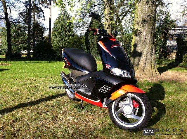 2004 Aprilia  Area 51 SBK Motorcycle Scooter photo
