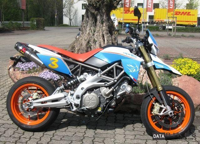 2010 Aprilia  Dorsoduro 750, shipping nationwide € 99, - Motorcycle Super Moto photo