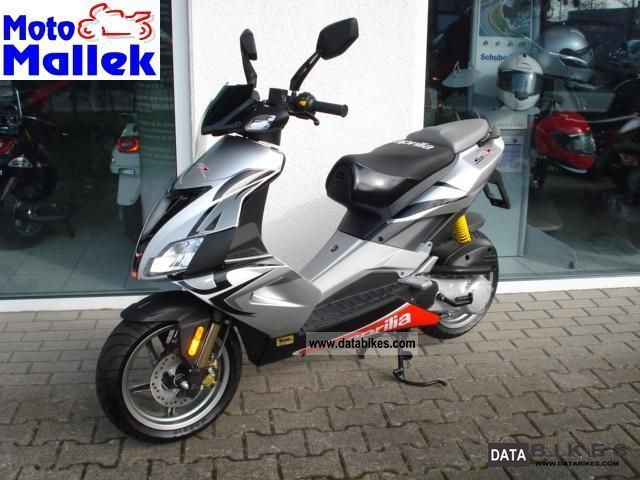 2011 Aprilia  S50R Motorcycle Scooter photo