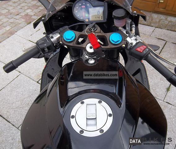 Aprilia  RS 125 | top state | 1 Hand | 80 km / h 2010 Lightweight Motorcycle/Motorbike photo