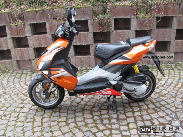 2009 Aprilia  SR 50 R Scooter-moped at 25 km / h-moped conversion kit Motorcycle Scooter photo