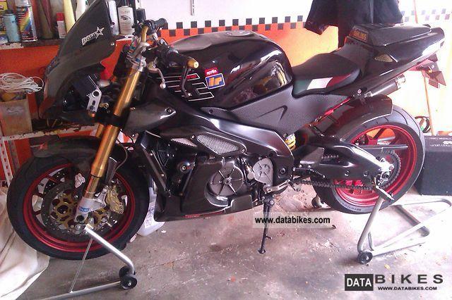 2001 Aprilia  rsv 1000 tuono Motorcycle Sport Touring Motorcycles photo