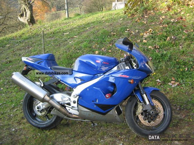 2003 Aprilia  RSV 1000 Mille Motorcycle Sports/Super Sports Bike photo